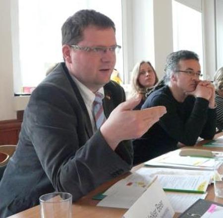 """Dokumentbild Sitzung des Expertenbeirats """"Frühe nachbarsprachige Bildung in Sachsen"""""""