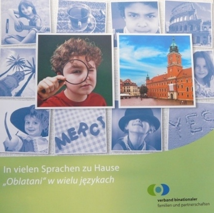 """Dokumentbild In vielen Sprachen zu Hause / """"Oblatani"""" w wielu językach"""