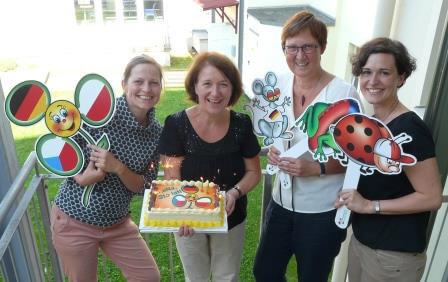 LaNa-Team mit Torte
